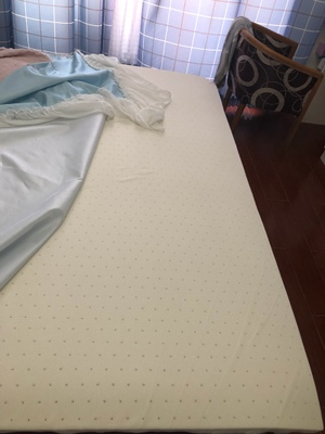 金橡树乳胶床垫怎么样.
