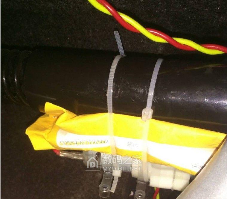 给爱车D了一个洗手泵,以后出门洗手就方便了。