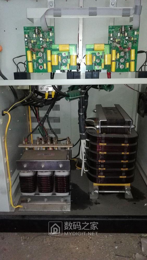 山特3C 30KVA UPS电源