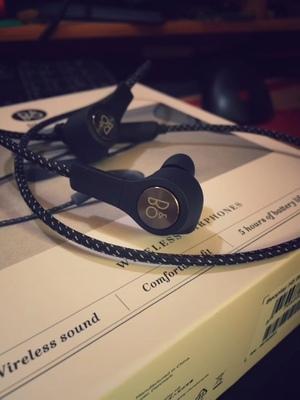 bose和b&o耳机哪个好?bose运动耳机音质怎么样?