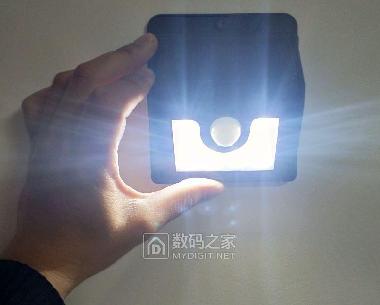 补库存啦~快上!手快有!可换18650 LED太阳能充电人体感应灯 !!!