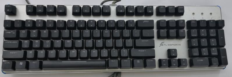 清仓二手机械键盘38 蓝牙音箱138 音质无损播放要的拍就行