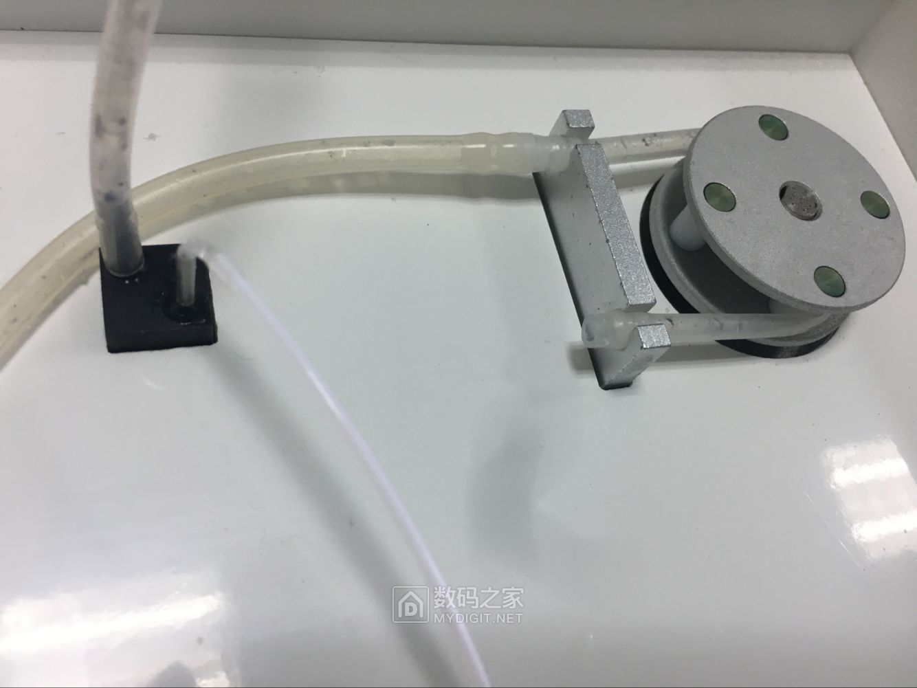 不完全拆解半自动生化分析仪PUS-2018N
