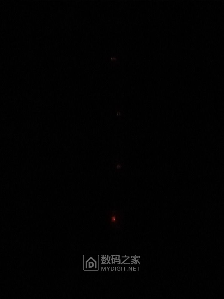 排插开关处于关的位置时指示灯微亮?