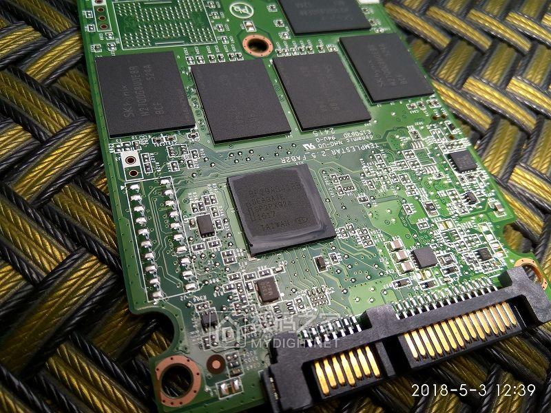 也拆个英特尔固态硬盘 intel SSD 535 Series 180GB