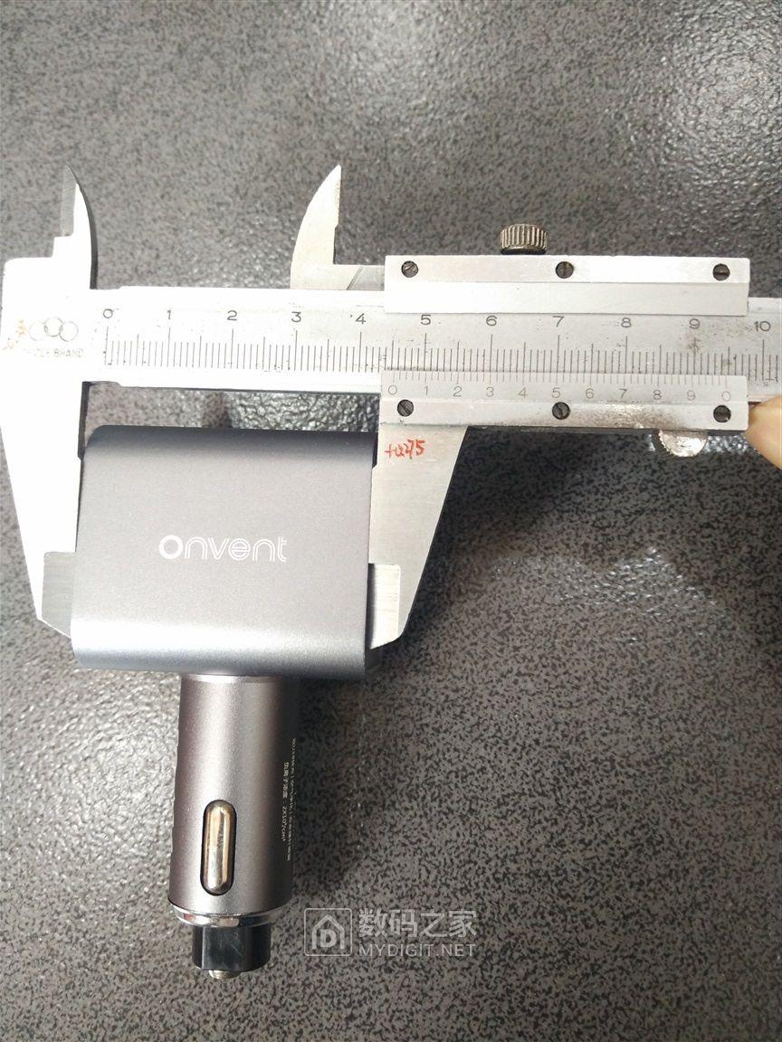 """首发,高性能三合一车充,车友必备。""""小钢锤""""车护卫,Onvent OV09C,QC3.0版评测"""