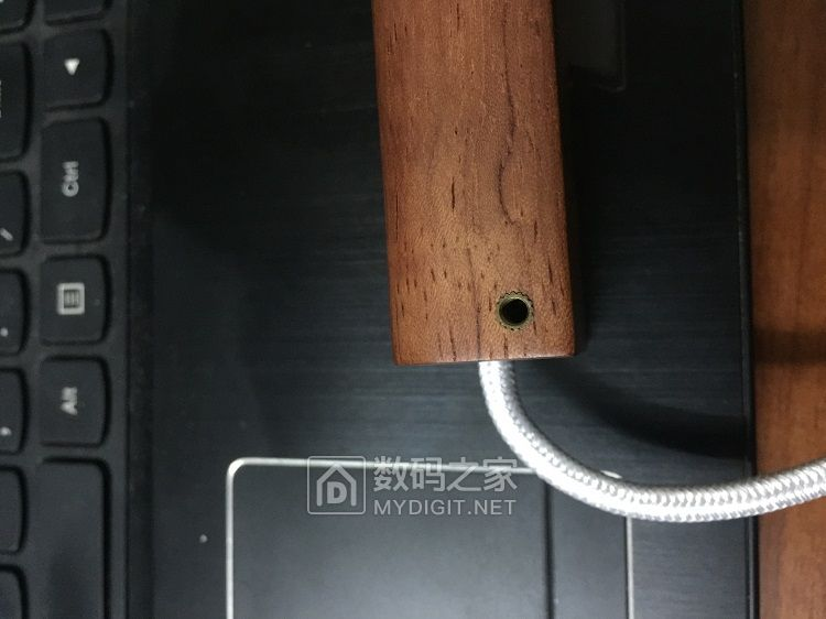 USB3.0分线器HUB!实用的25包邮!高端大气上档次的50包邮!童叟无欺!波仔大JS推荐!