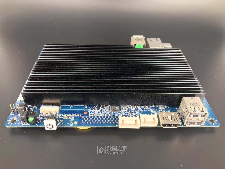 一千片 白菜价!ATOM凌动 N2800小主板 3.5寸 千兆 黑群晖 NAS HTPC