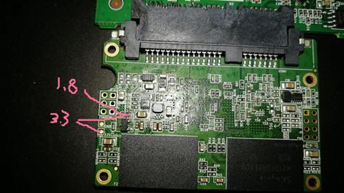 求2246EN电压跳线。3.3V电压想改成1.8V,板子上有1.8V电压,就是不知道怎么跳过去