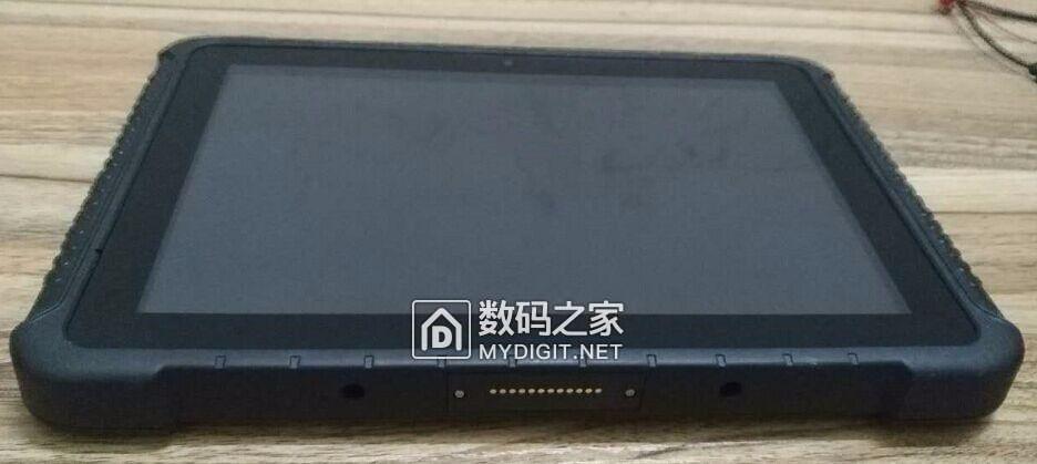 10.1寸工业级带串口/网口平板电脑