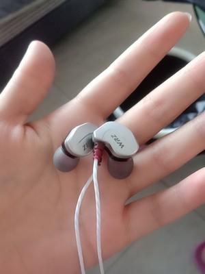 原裝耳機和普通耳機有什么區別?原裝正品耳機多少錢?